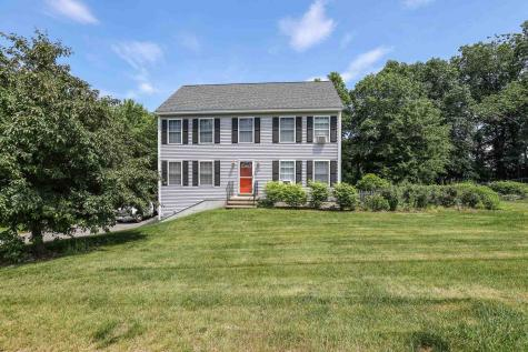 30 Red Squirrel Lane Chester NH 03036