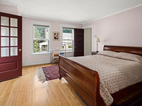 35 Kingsland Terrace Burlington VT 05401