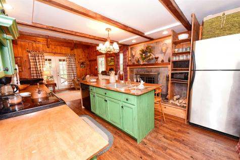 25 Grison Road Madison NH 03849