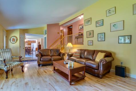 53 Rowe Drive Fremont NH 03044