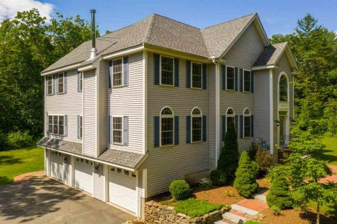 41 Bellwether Lane Chester NH 03036