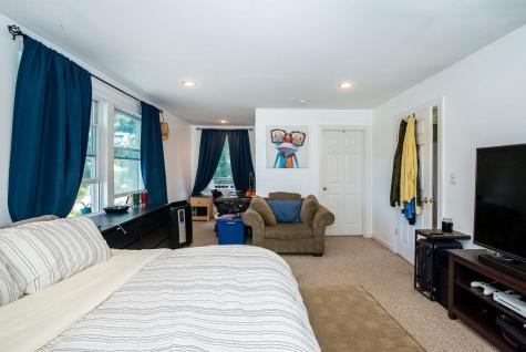 237 Edmond Avenue Portsmouth NH 03801