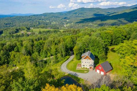 592 Ayers Farm Road Stowe VT 05672
