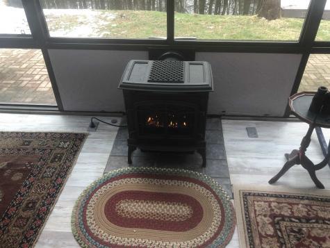 68 Fox Chair Terrace Springfield VT 05156