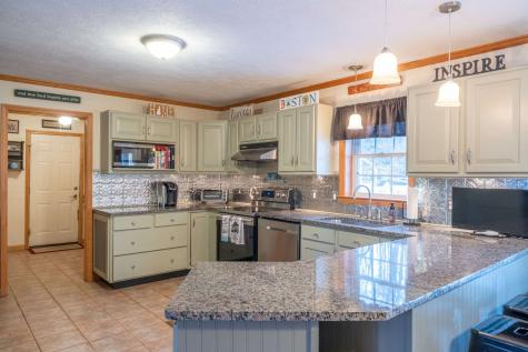 41 Janna Way Laconia NH 03246