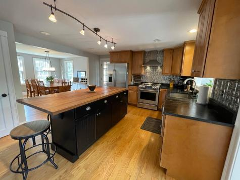 22 Cullen Way Exeter NH 03833