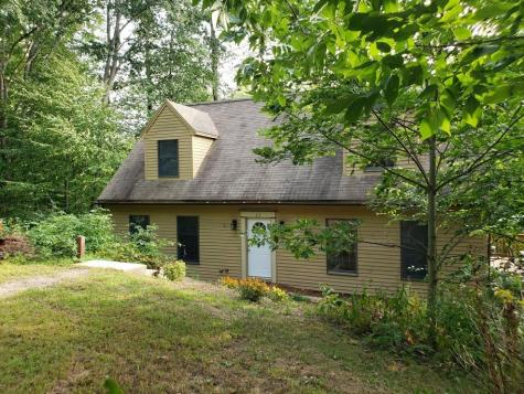 33 Oak Drive Barnstead NH 03225