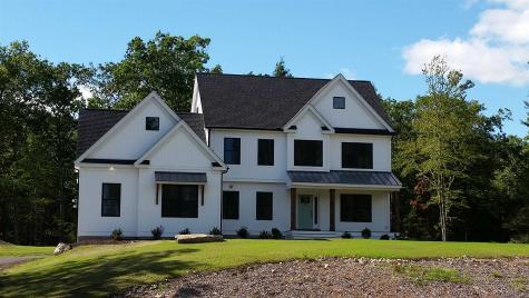 43 Hemlock Lane Chester NH 03039