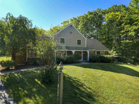 36 Oriole Drive Bedford NH 03110