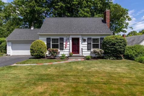 4 Pleasant View Avenue Concord NH 03301