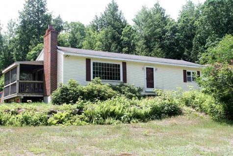 66 Hanson Road Chester NH 03036