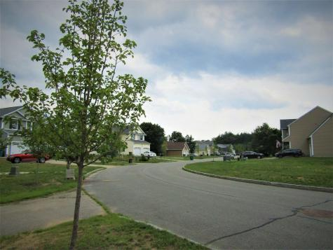 76 Trinity Circle Rochester NH 03839