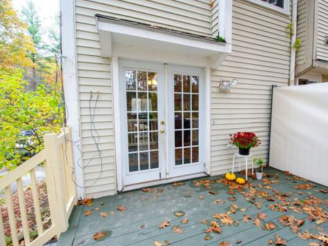 42 Scenic Drive Derry NH 03038