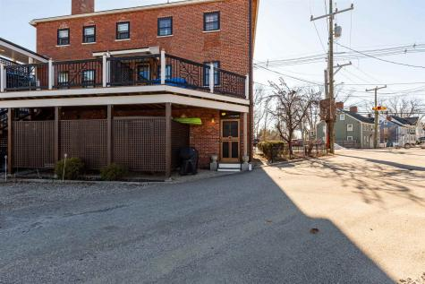 295 Maplewood Avenue Portsmouth NH 03801