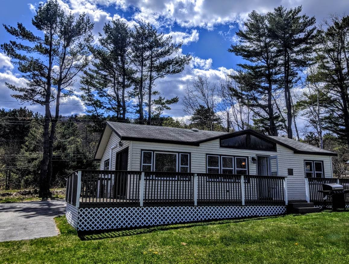 9 East Bluff Village Meredith NH 03253