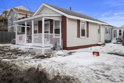 14 Johnson Avenue Hampton NH 03842