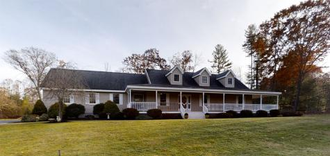 9 Woodland Drive Plaistow NH 03865