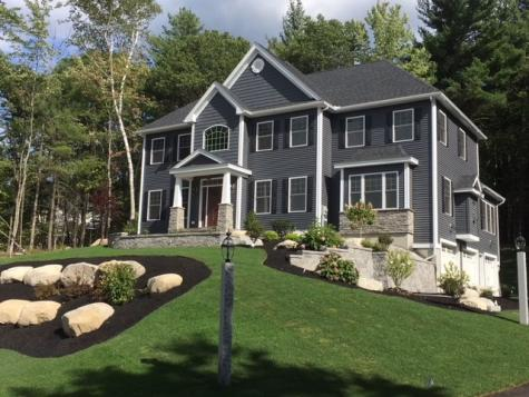 17 Hemlock Lane Chester NH 03036