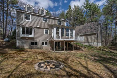 16 Woodland Drive Londonderry NH 03053