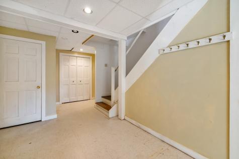 32 Quarterdeck Lane New Castle NH 03854
