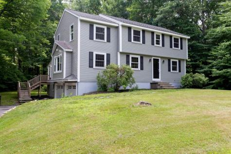 18 Amberwood Drive Atkinson NH 03811