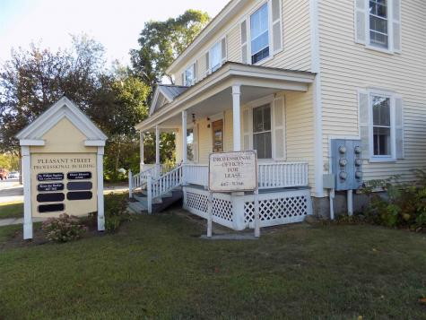 30 Pleasant Street Conway NH 03818