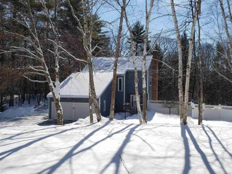 39 Winter Hill Road Goffstown NH 03045