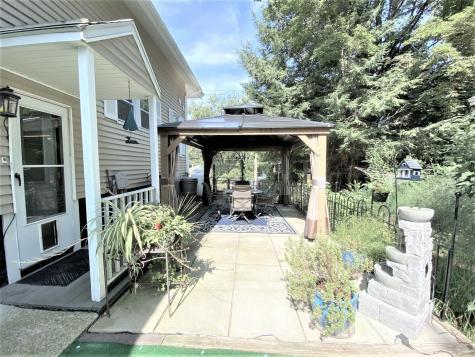 285 Pleasant Street Claremont NH 03743
