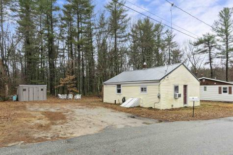 17 Rose Avenue Plaistow NH 03865