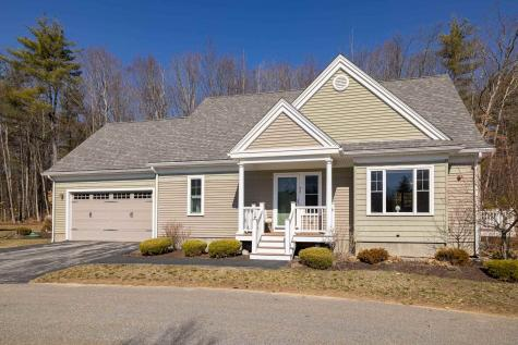 26 Mill Pond Road Brentwood NH 03833