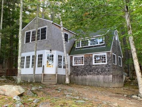 126 Cow Island Tuftonboro NH 03816