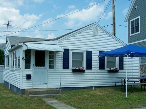 42 Boars Head Terrace Hampton NH 03842