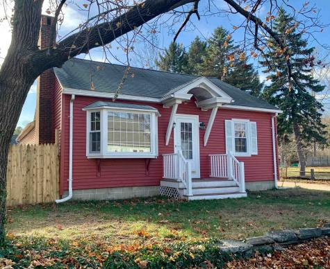 11 Gaffney Street Nashua NH 03060