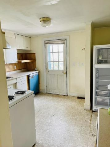 14 Birchwood Place Dover NH 03820