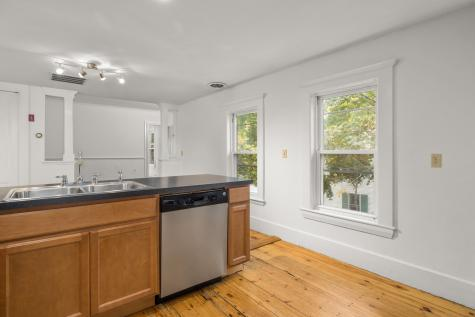 12B Portsmouth Avenue Exeter NH 03833