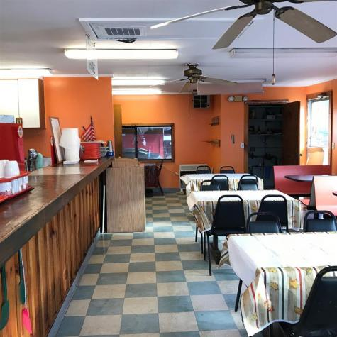 6 Earl Street Rockingham VT 05101