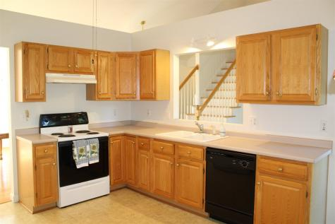 584 Wellington Hill Road Manchester NH 03104