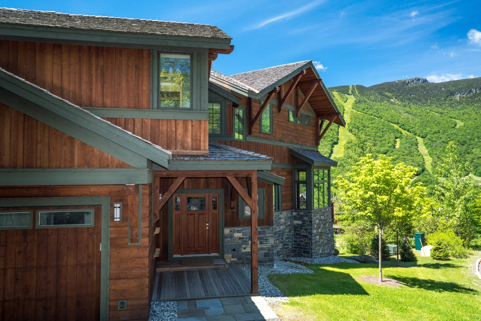 95 National Drive Stowe VT 05672