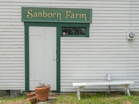39 Sanborn Road Brookfield NH 03872