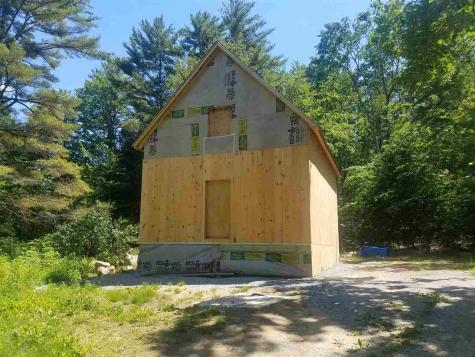 77 Seven Pines Road Holderness NH 03245