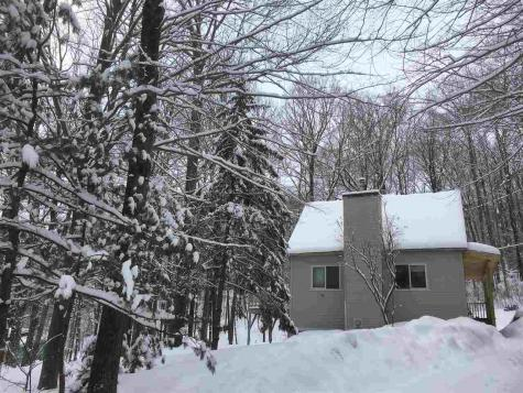 30 Howes Loop Wilmington VT 05363