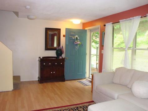29 Morningside Commons Brattleboro VT 05301