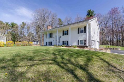 44 Twinbrook Avenue Salem NH 03079
