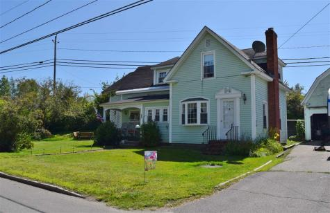 66 Pleasant Street Colebrook NH 03576