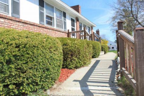 25 Winnhaven Drive Hudson NH 03051