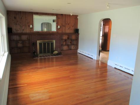 18 Madison Avenue Rochester NH 03867