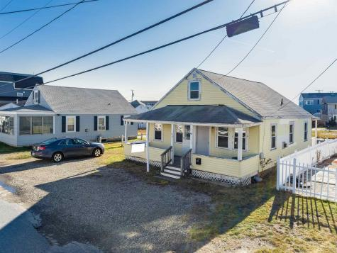 45 Nudd Avenue Hampton NH 03842