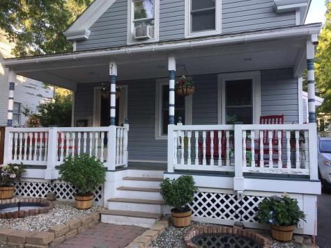 21 Spring Street Newmarket NH 03857