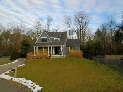8 Squire Way Exeter NH 03833