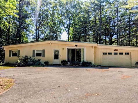 2709 Lake Shore Road Gilford NH 03249